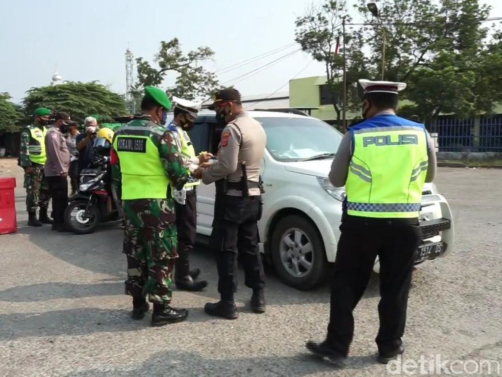 Jelang Idul Adha, Puluhan Kendaraan Diputar Balik di Pantura Subang