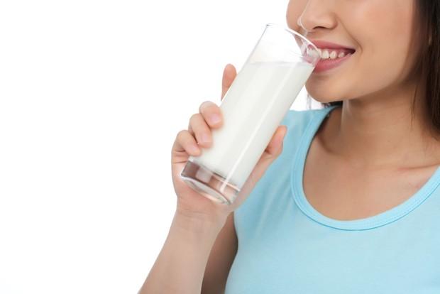 Alternatif susu sapi biasa/freepik.com/pressfoto