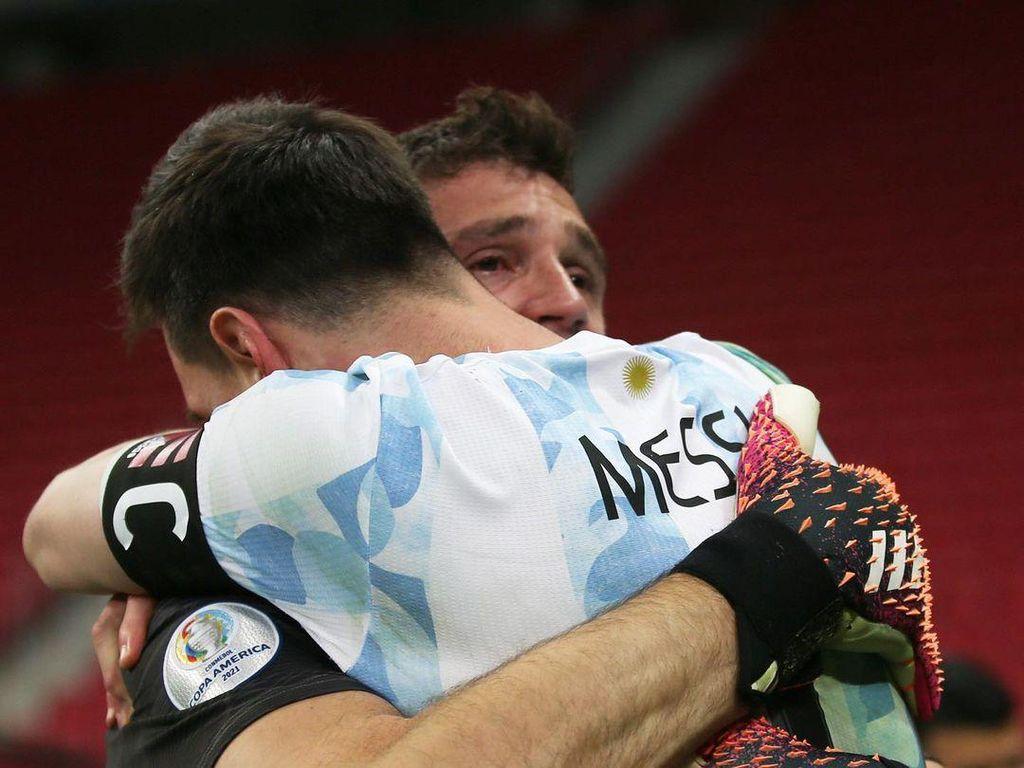 Cinta Emi untuk Messi