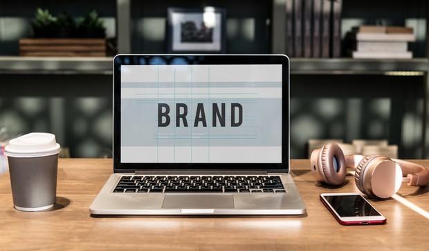 Membangun Branding | Foto : freepik.com/rawpixel.com