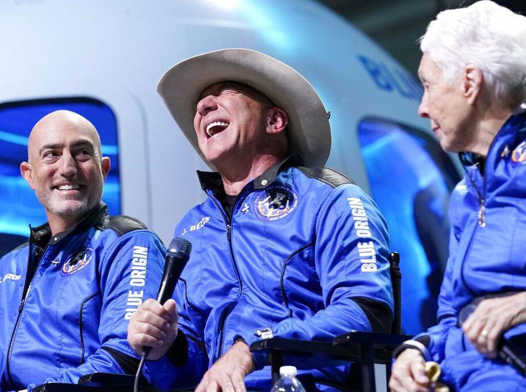 Mimpi ke Luar Angkasa, Jeff Bezos Pernah Ditertawakan