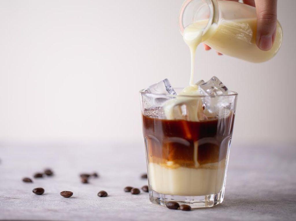 3 Resep Kopi Susu Kekinian Biar Tetap Aktif & Produktif Saat WFH