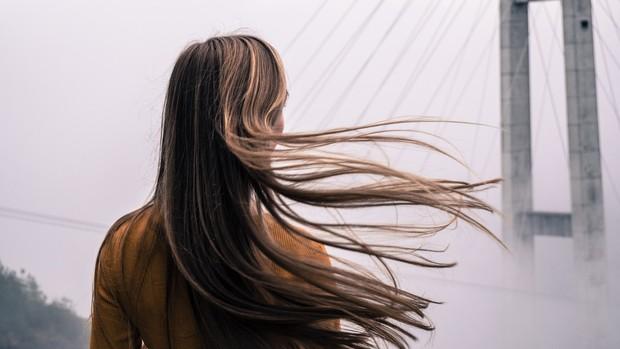 Mempercepat pertumbuhan rambut.