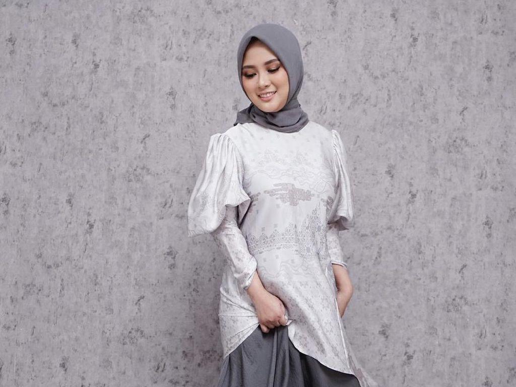 Ini Tren Hijab Selama PPKM Menurut Desainer Restu Anggraini