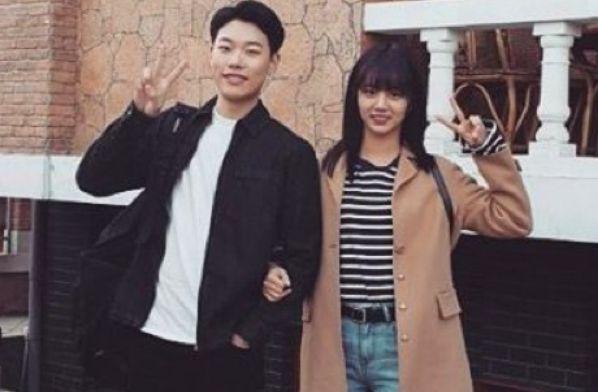Hyeri - Ryu Jun Yeol saat membintangi Reply 1988 / foto: instagram.com/hyeri_0609