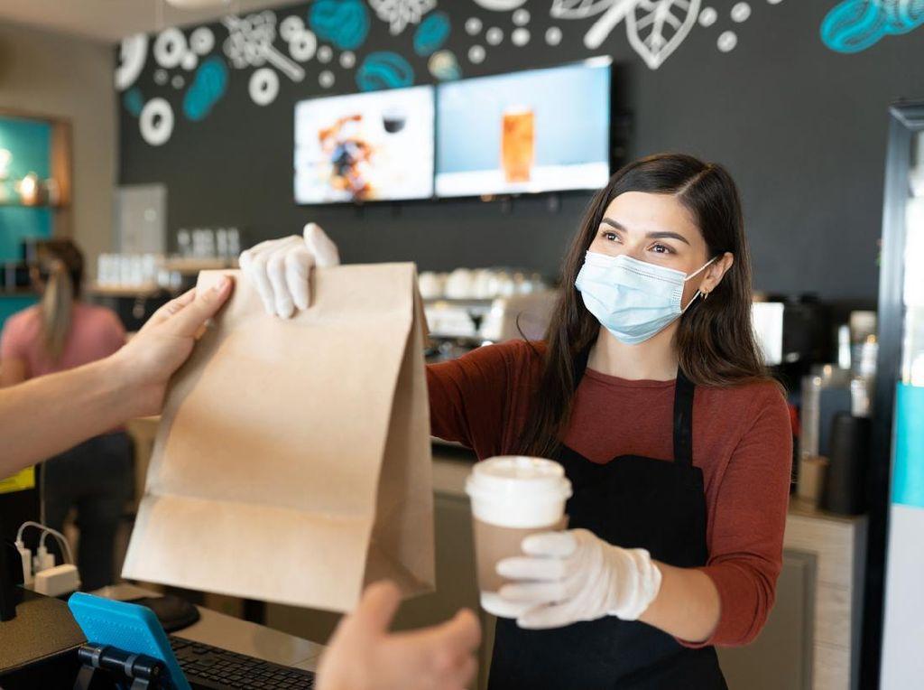 Viral Kafe Bak Bedeng Kumuh, Dalamnya Bikin Netizen Ingin Bedah Rumah