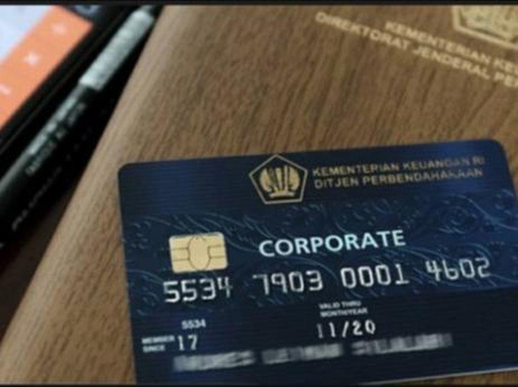 Kartu Kredit untuk Birokrasi