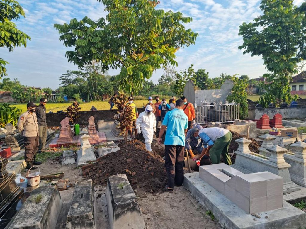 Geger Makam di Klaten Dibongkar Gegara Tali Pocong Jenazah Lupa Dilepas