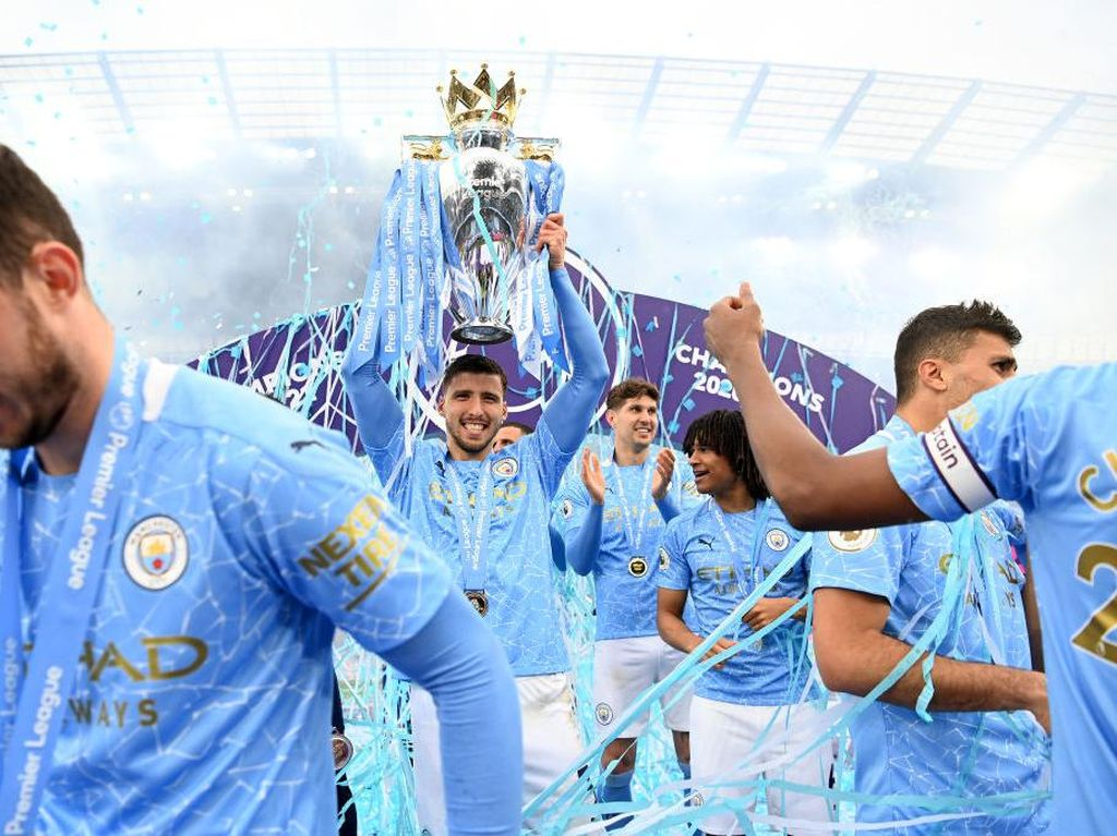 Kunci Sukses Juara Liga Inggris: Belanja Bek Mahal