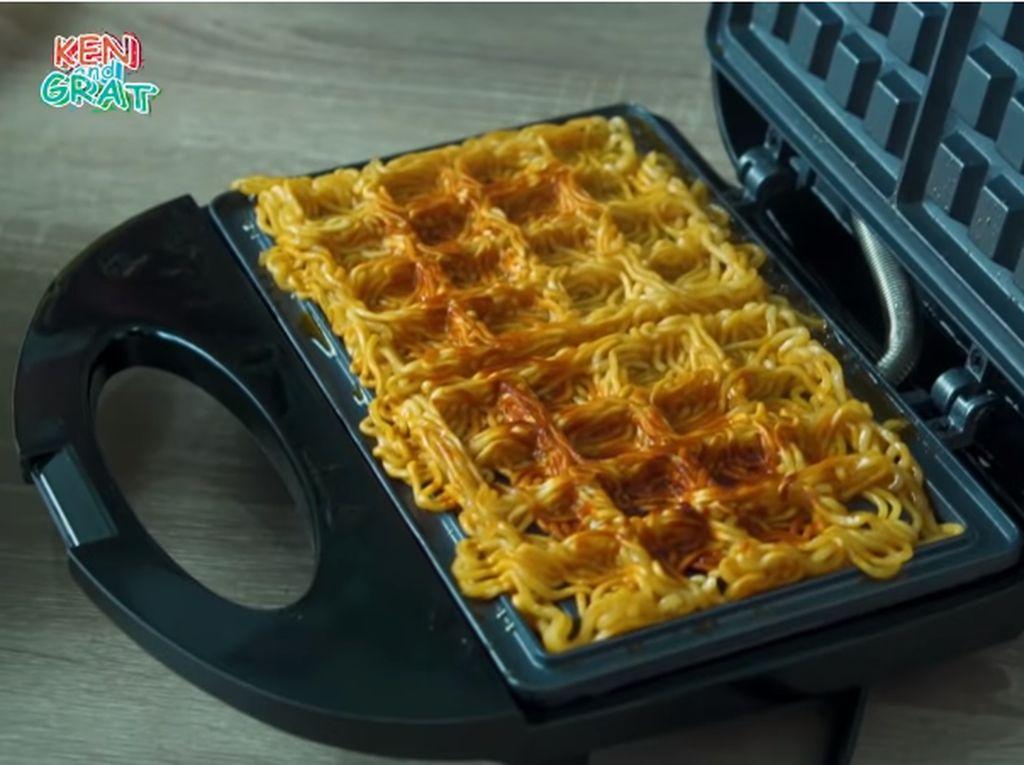 5 Kreasi Waffle Unik, Croffle hingga Waffle Mie Goreng