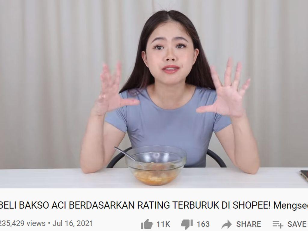 YouTuber Ini Review Baso Aci Rating Terburuk, Kayak Apa Rasanya?