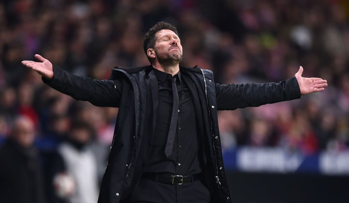 MADRID, SPAIN - JANUARY 16: Diego Simeone, Manager of Club Atletico de Madrid looks dejected during the Copa del Rey Round of 16 match between Atletico Madrid and Girona at Wanda Metropolitano on January 16, 2019 in Madrid, Spain. (Photo by Denis Doyle/Getty Images)