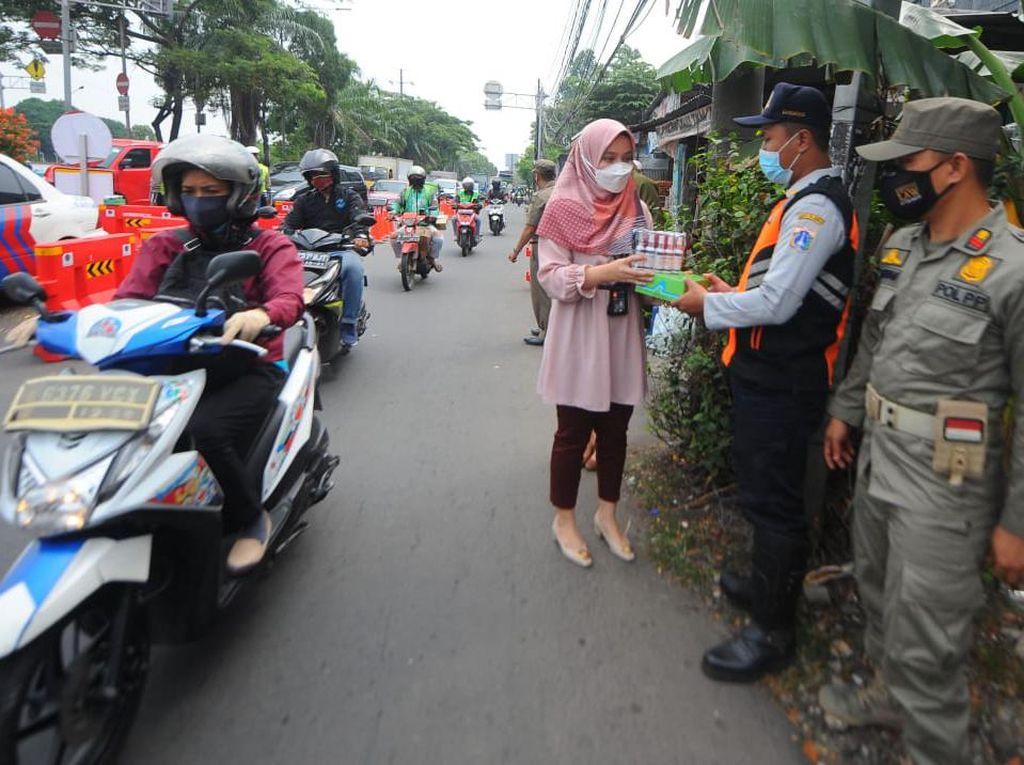 Dukungan untuk Keselamatan Petugas PPKM