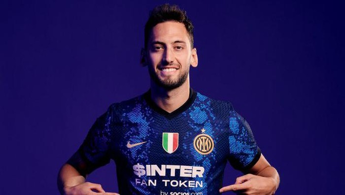 Inter Milan punya sponsor baru Socios.com