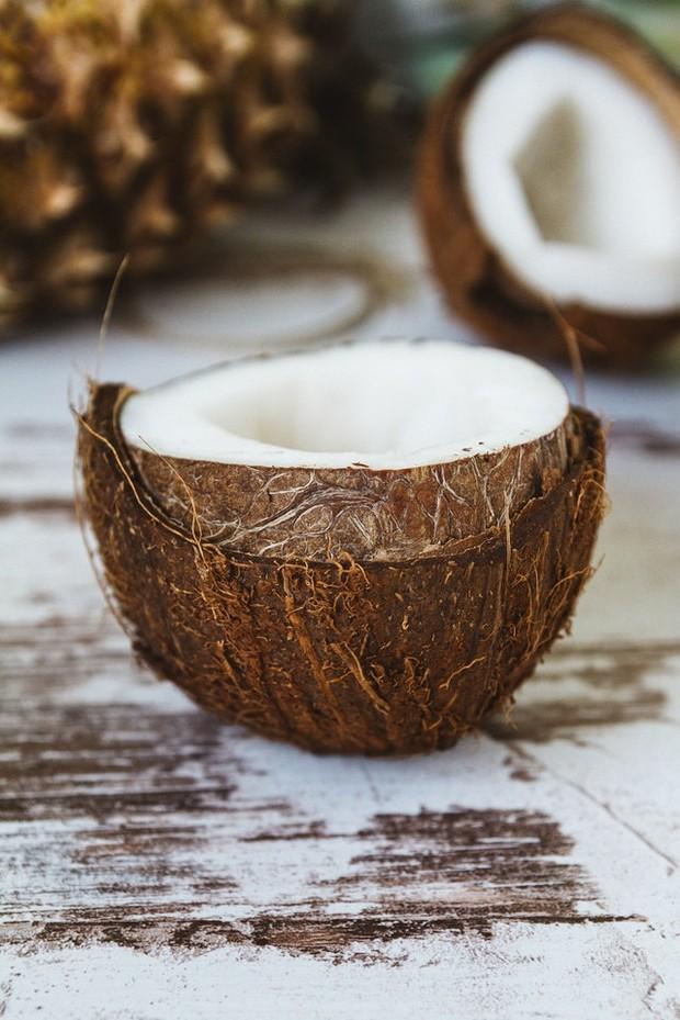 minyak kelapa/