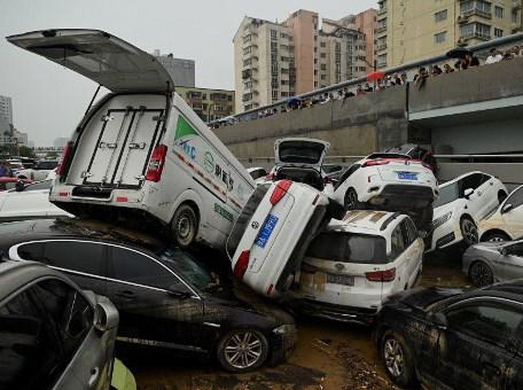 Dampak Parah Akibat Banjir Besar di China