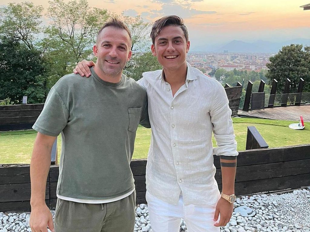 Del Piero Foto sama Paulo Dybala, Bikin Fans Juventus Penasaran