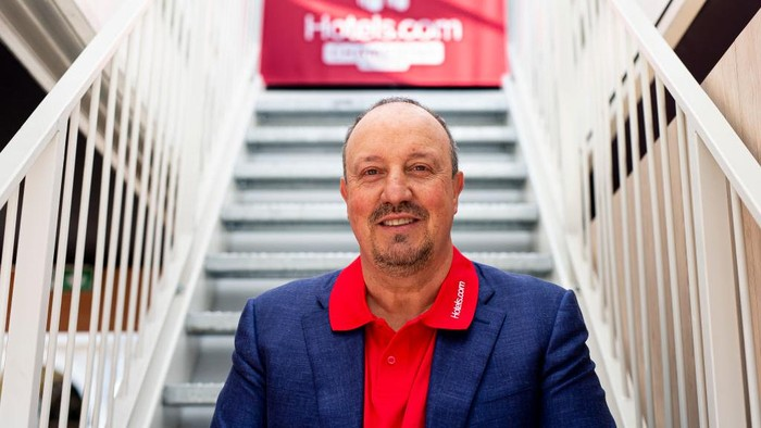 MADRID, SPAIN - MAY 30: Football Manager Rafa Benitez at the Hotels.com Champions Retreat in Plaza Mayor ahead of the UEFA Champions League Final on May 30, 2019 in Madrid, Spain. (Photo by Samuel de Roman/Getty Images for Hotels.com)