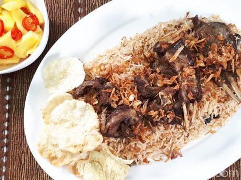 Resep Nasi Kebuli Kambing Rice Cooker yang Praktis dan Sedap
