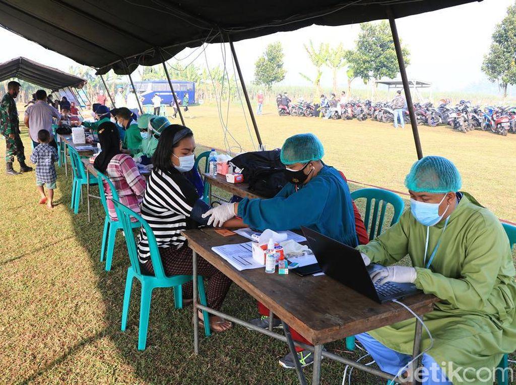 Gelar Vaksinasi, Lanud Abdulrachman Saleh Vaksin 650 Warga Malang