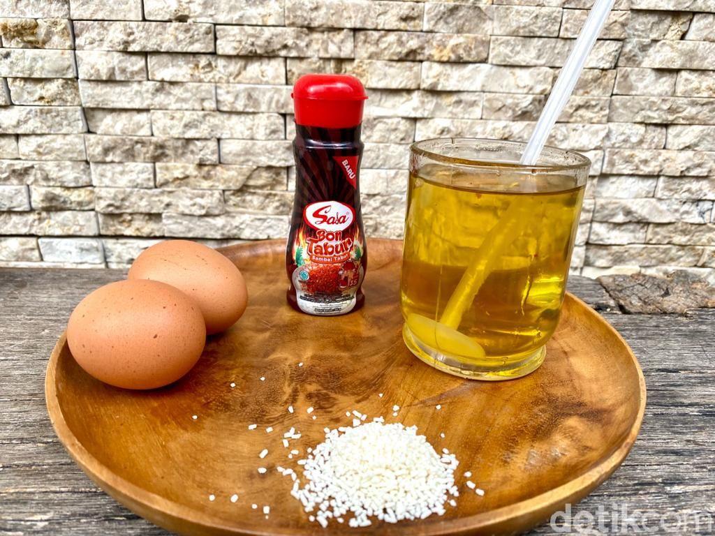 Praktis! Bikin Telur Gulung dan Sostel Pakai Egg Roll Maker Rp 99.000