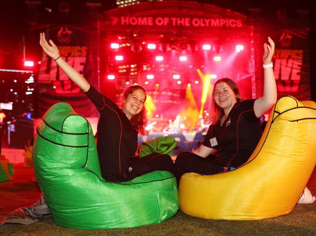 Meriahnya Warga Australia Nobar Pembukaan Olimpiade Tokyo