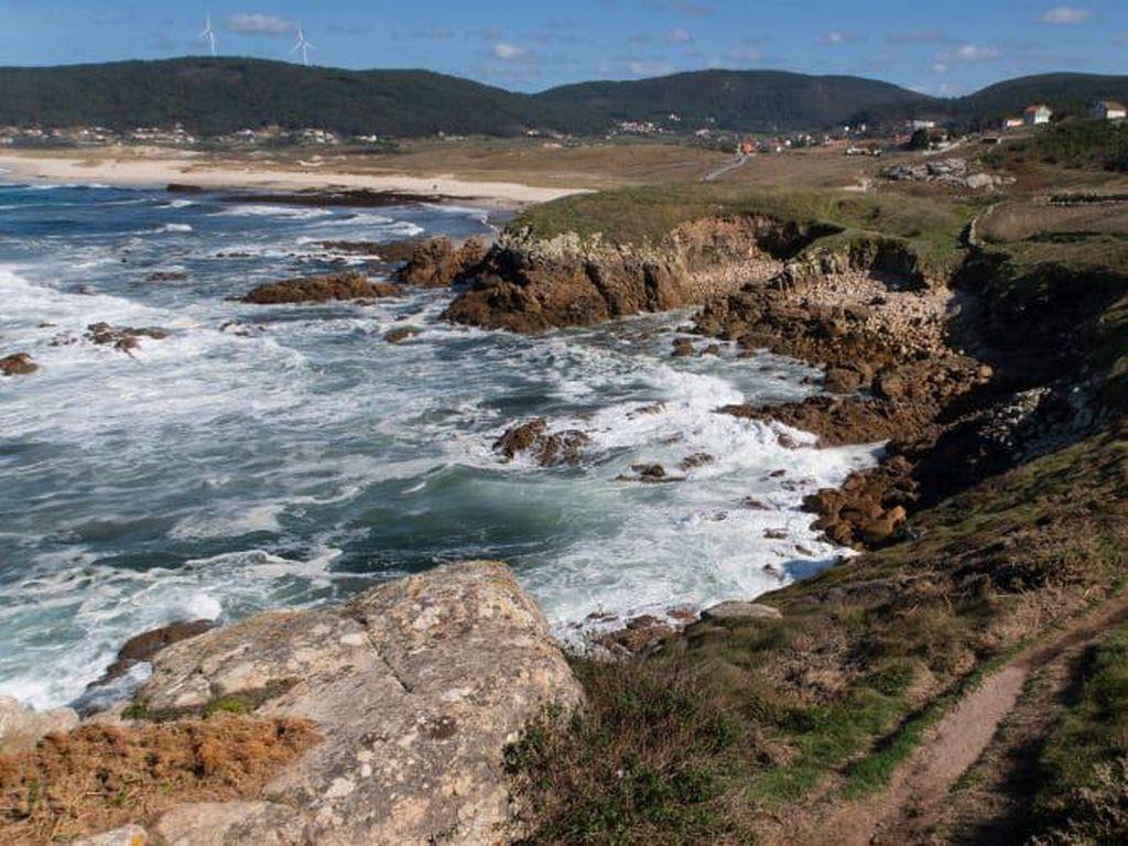 Pantai Kematian yang Indah di Spanyol