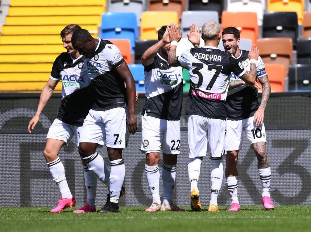 Tiga Pemainnya Ogah Divaksinasi, Udinese Lakukan Hal Ini