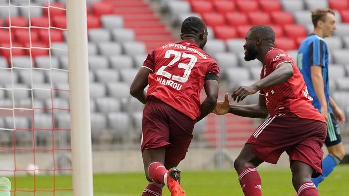 Bayern Munich tertahan 2-2 oleh Ajax Amsterdam di laga uji coba