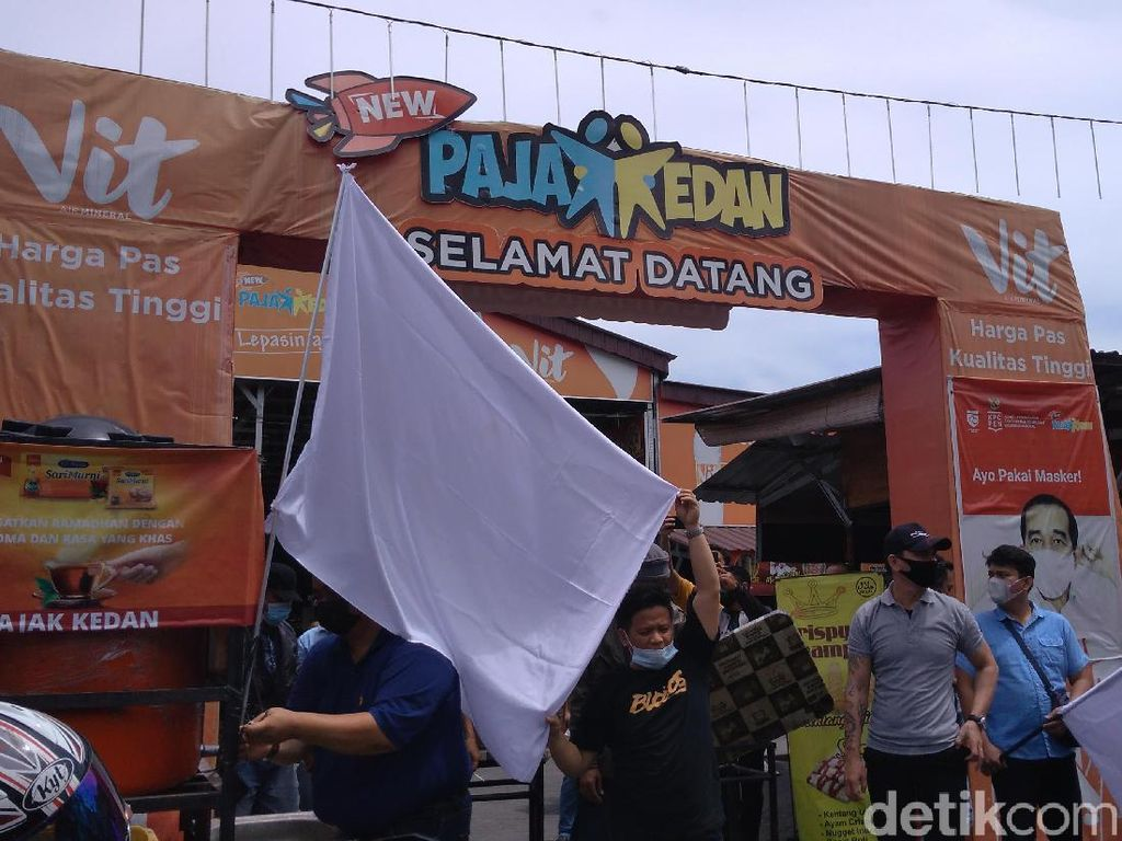 Menyerah! Pedagang Kuliner Terdampak Pandemi di Sumut Kibar Bendera Putih