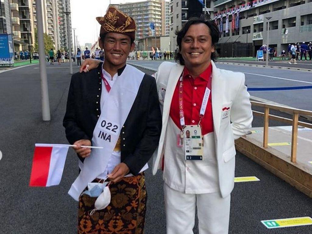 7 Potret Bersahaja Rio Waida Berbaju Adat Bali di Olimpiade Tokyo 2020
