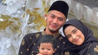 Akhirnya! Rizki DA dan Nadya Mustika Foto Bertiga dengan Anak