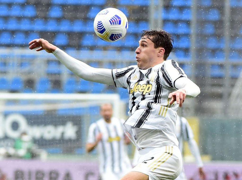 Presiden Fiorentina Tuduh Juventus Curi Federico Chiesa