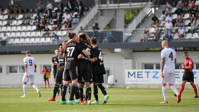 Juventus menghadapi Cesena dalam laga pramusim, Sabtu 24 Juli 2021 di Vinovo, Turin.