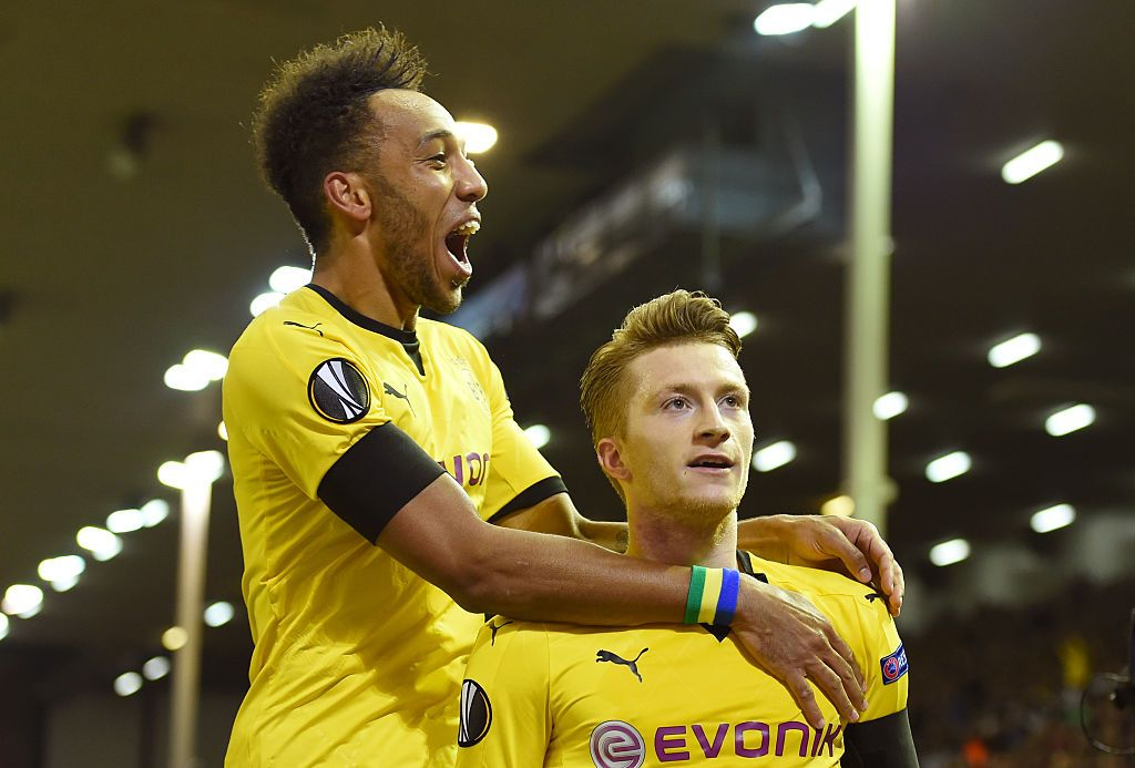 MANCHESTER, ENGLAND - APRIL 06: Marco Reus of Borussia Dortmund celebrates after scoring their team's first goal during the UEFA Champions League Quarter Final match between Manchester City and Borussia Dortmund at Etihad Stadium on April 06, 2021 in Manchester, England. Sporting stadiums around the UK remain under strict restrictions due to the Coronavirus Pandemic as Government social distancing laws prohibit fans inside venues resulting in games being played behind closed doors. (Photo by Clive Brunskill/Getty Images)