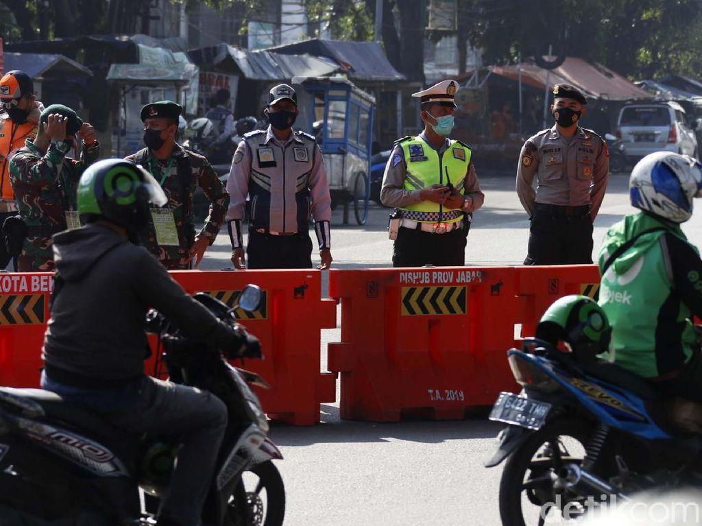 PPKM Level 4 Disesuaikan, Penyekatan di Jakarta Tetap Berlaku