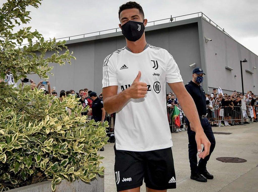 Ronaldo Balik ke Juventus, Latihan Perdana Bareng Allegri