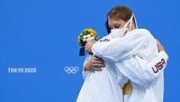 Catat, Atlet Olimpiade Tokyo Dilarang Pelukan!