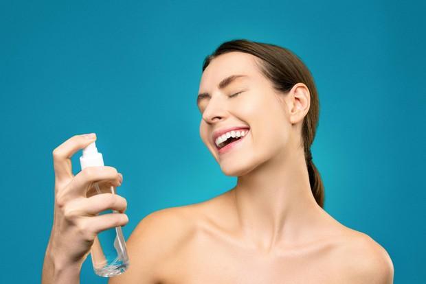 Penggunaan produk untuk makeup natural