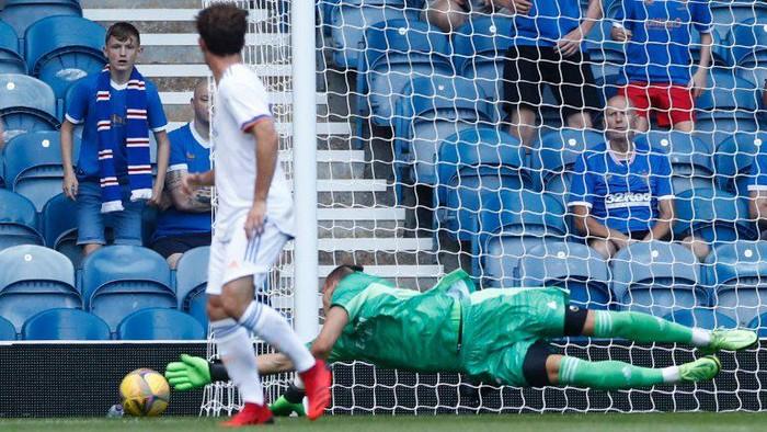 Real Madrid dikalahkan Rangers 1-2 di laga uji coba