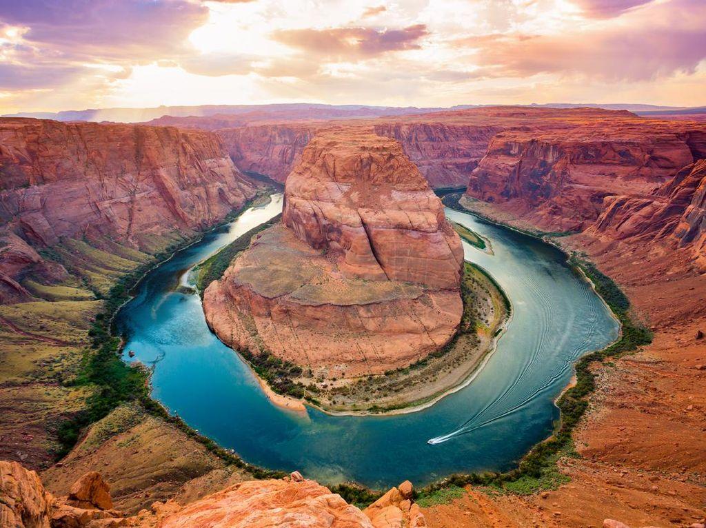 Turis Jangan ke Grand Canyon Dulu Ya, Suhunya 46 Derajat Celcius!