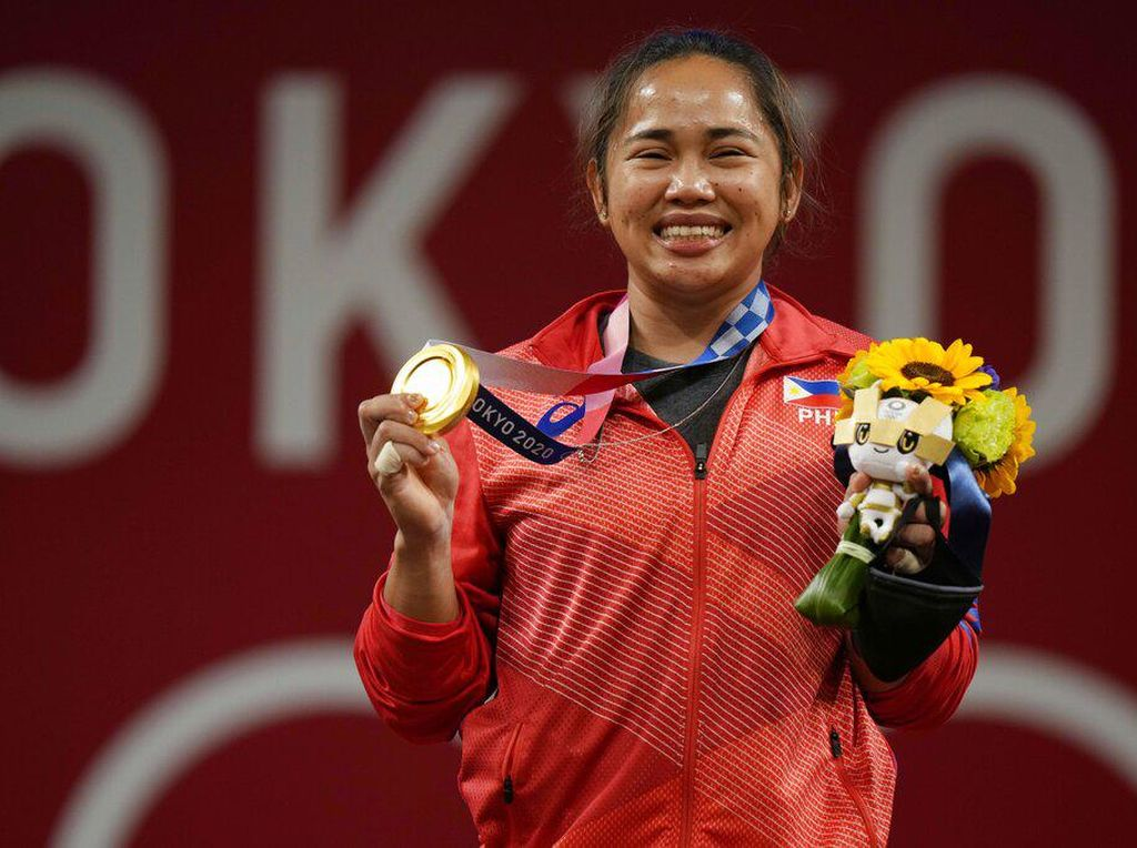Atlet Peraih Emas Pertama Filipina Dihadiahi Bensin Gratis Seumur Hidup