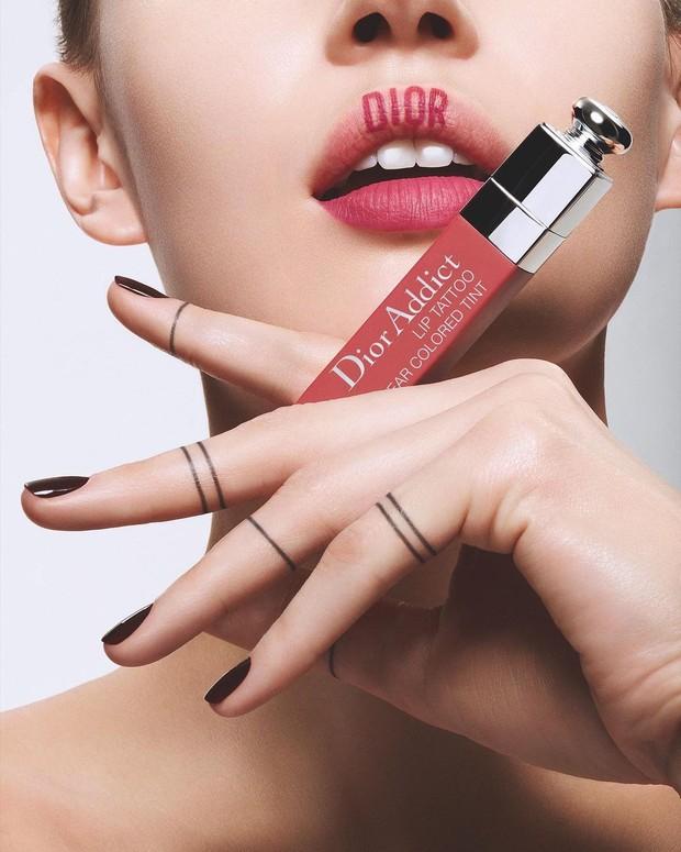 Dior Addict Lip Tattoo/Instagram.com/dior