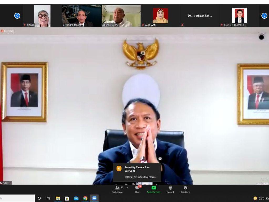 Menpora Apresiasi Disertasi Fahmi Idris pada Ujian Promosi Doktor UI