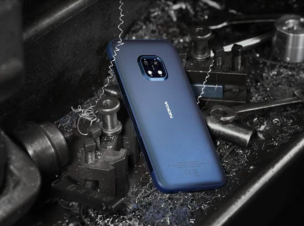 Lebih Dekat dengan Ponsel Badak Nokia XR20