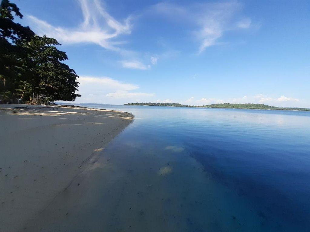 Pulau Kapotar yang Cantik di Papua, Punya Tower tapi Sinyal Tak Ada