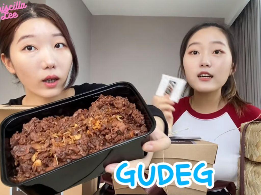 Pertama Cicip Gudeg, Cewek Korea Ini Mengira Gudeg Terbuat dari Daging Sapi!