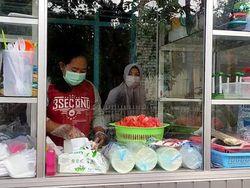 Dari Buah Impor ke Salad Buah, Kiat Ibu di Pacitan Bertahan Saat Pandemi