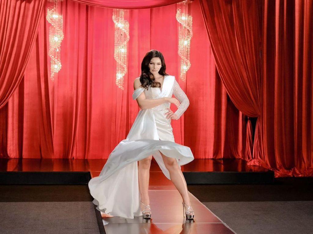 7 Pesona Jihane Almira Siap ke Miss Supranational 2021 di Tengah Pandemi