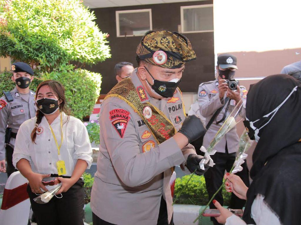 1.000 Paket Bansos untuk Nakes NTB di Momen 3 Dekade Pengabdian Akpol 91